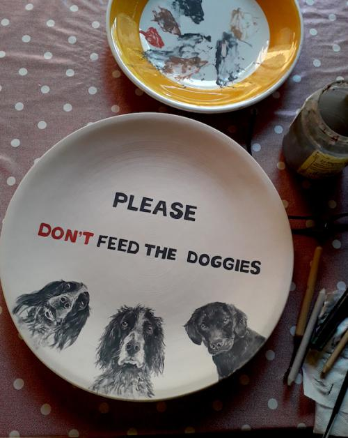 Dont feed the dogs