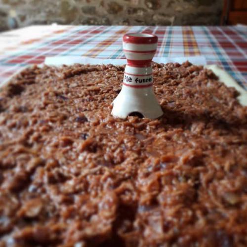 Pie funnel